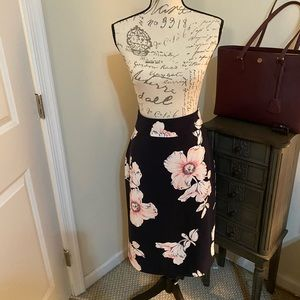 Ann Taylor Navy and pink floral skirt size 12